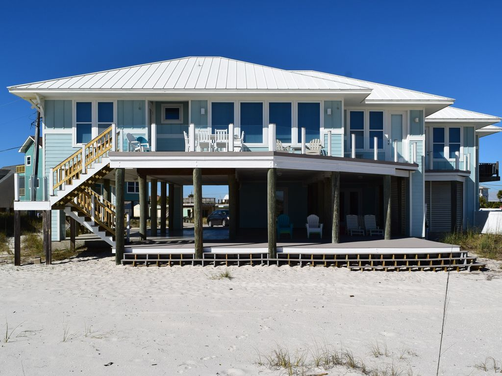 Amazing Beach House Works Great For Family Reunions And Weddings At The