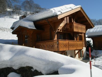 Photo for Very comfortable 4 stars chalet with splendid views on the Danais and the Aravis