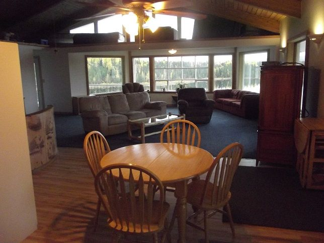 Penthouse apartment with view of lake and Talkeetna Mountains