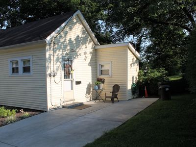 Photo for Quaint and Cozy Cottage in the Heart of Bardstown