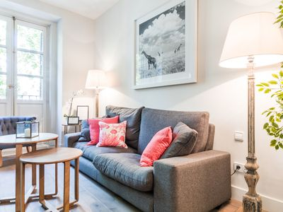 Photo for Plaza Santa Ana - Apartment for 6 people in Madrid