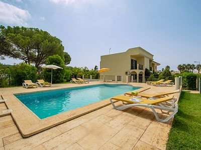 Photo for 4 bed Villa w/pool & BBQ, 10 minutes drive from restaurants & shops