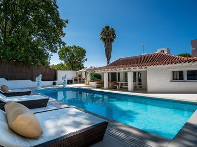 Photo for Stunning holiday villa with 4 bedrooms and a pool near Tavira