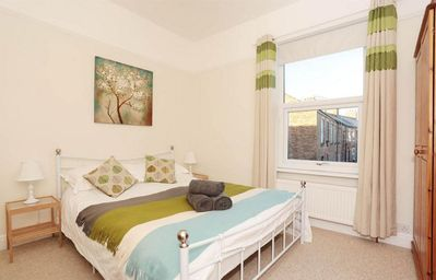 Photo for 2 Bed House.15 minutes walk from City Centre.Free parking.Free WiFi.