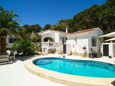 Photo for Stunning private villa for six guests with WIFI, private pool, A/C, TV and parking