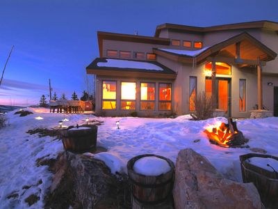 Photo for Stunning Mountain Views Close to all County Ski. Luxury. Outdoor Hot Tub Privacy