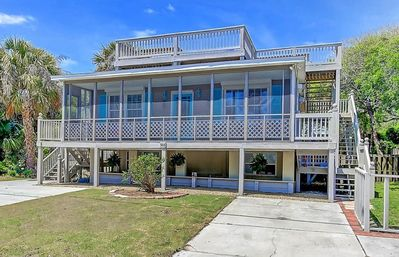 Discounted Rates through 4/1/20, 2nd Row, Pet Friendly Folly Beach - Rooftop Deck, Close to Beach