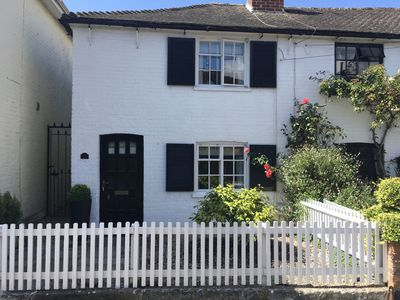 Photo for Central Christchurch, beautiful grade II listed cottage