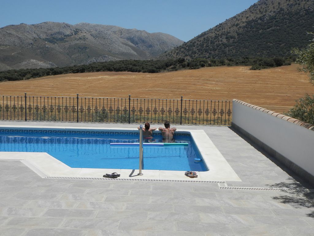 Getting Away From It All By Exploring >> Double Bedroomed Accommodation With Use Of Pool Private Terrraces
