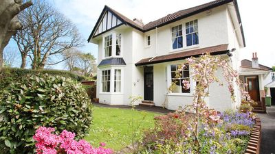 Photo for West Mead - Four Bedroom House, Sleeps 8