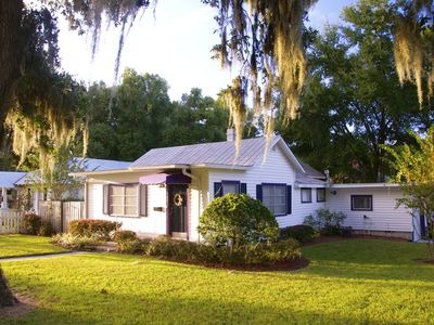 Photo for Cozy Corner Cottage-Just a few blocks from downtown Mount Dora!