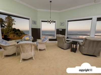 Photo for 3182 Sunset: Oceanfront Hot Tub: 2 Master Suites, Sauna, Jacuzzi Tub