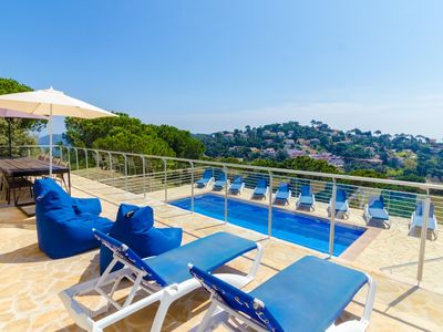 Photo for Club Villamar - Holiday villa Lloret de Mar – with lovely terrace, swimming pool and seaview