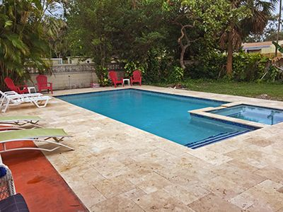 Photo for 750s/f 1BR/1BA, Kitchen, Laundry, Pool, Wifi/Cable/Electric included LT