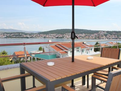 Photo for Apartments family friendly by the sea Okrug Gornji Trogir Split