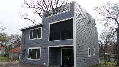 Photo for Weekend 1 ACL Available! The 808#B Minutes from SXSW, Rainey Street & DT AUSTIN