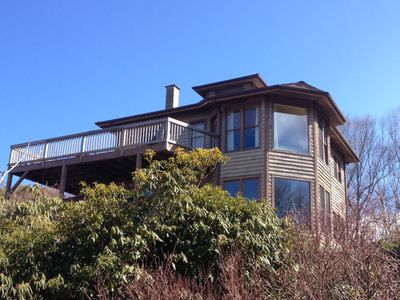 Photo for Secluded Retreat Panoramic Views, Low Rates, Hot Tub, Fire Pit