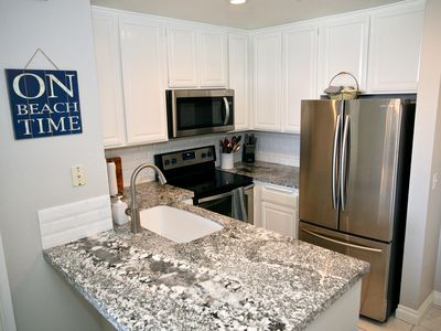 Photo for Remodeled Kitchen/bathroom Jan 2018! Close to Beachfront Cottages. OCEAN VIEW E105 - Seascape Stay
