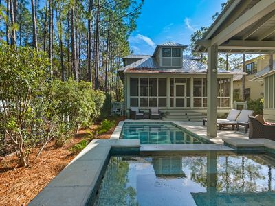 Photo for Private Pool & Spa ~ Fireplace ~ Gas Grill ~ Screened porch ~  Netflix & Pandora