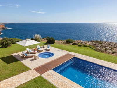 Photo for Spectacular seafront villa with jacuzzi and pool. Sleeps 10