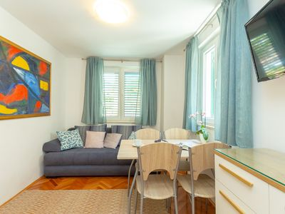Photo for Apartment Colette - Two Bedroom Apartment, Sleeps 4