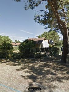 Photo for Large villa Vieux-Boucau quiet in the pines 2 km from the beaches