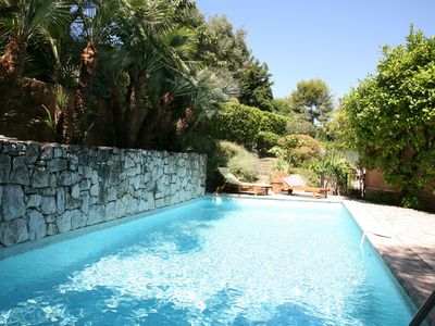Photo for Lovely villa with swimming pool and sea view, 4 bedrooms, 4bathrooms in Antibes