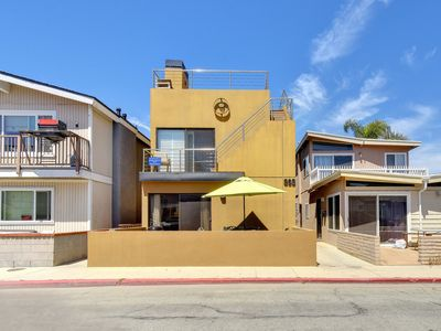 Photo for Contemporary Ground Floor Condo - Walking Distance to Beach, Park, & Dining