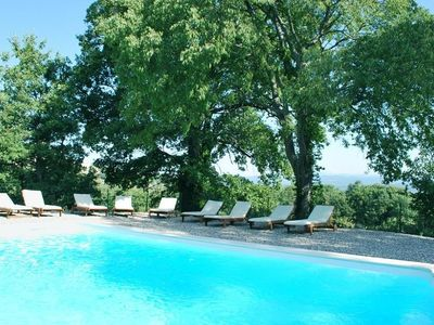 Photo for Mas in Bonnieux in the heart of the luberon 5 bedrooms (160 beds) 5 bathrooms
