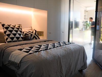 Photo for Brilliant central St Kilda apartment close to everything! Free wifi and parking