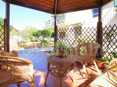 Photo for Apartment delle Rose 1 - 2 bedrooms, Wi-Fi, A/C, Garden, Parking, near the sea