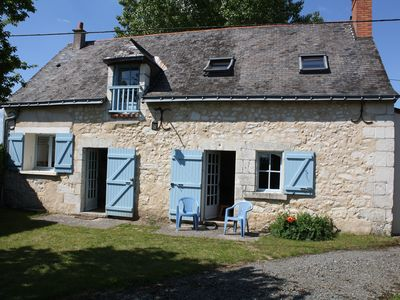 Photo for Loire Valley cottage near Saumur, peaceful but close to village amenities.