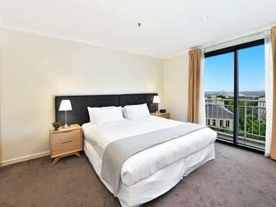 Photo for 1BR Apartment Vacation Rental in East Melbourne, VIC