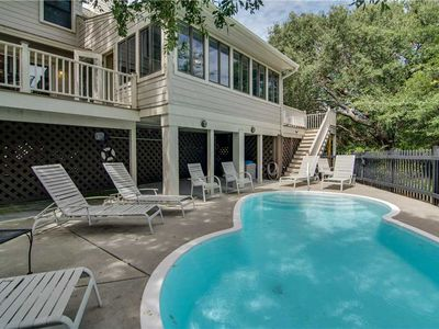 Photo for Dunecrest Lane 15: 4 BR / 3.25 BA home in Isle of Palms, Sleeps 10