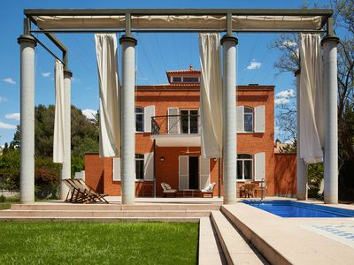 Photo for Beautiful house with pool and garden of 2,500 m2