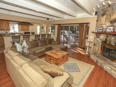 Photo for ~Cozy Up To Summit~Newly Renovated~Hot Tub~Game Room Garage~Walk To Resort~