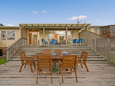 Photo for Get-Away at Cooks - Cooks Beach Holiday Home