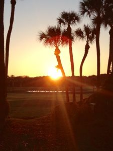 Photo for Newly Updated, Ground Floor Villa, Gorgeous Golf Course View, Walk to Beach