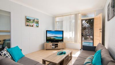 Photo for Forster Holiday Lodge 19 - Great, Central Location!