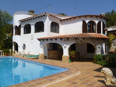 Photo for Holiday house on 2 floors for 6 persons with private pool
