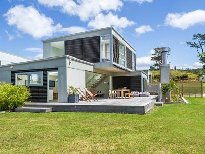Photo for Modern Holiday Home with everything.