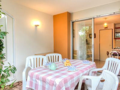 Photo for Apartment Les Cyprianes in La Grande Motte - 4 persons, 1 bedrooms