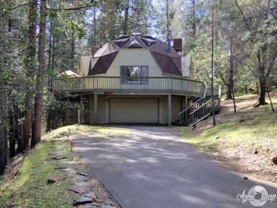 Photo for 4BR House Vacation Rental in Groveland, California