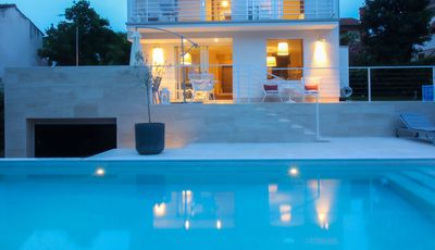 Photo for Villa with private pool, 8 people, free WiFi, all rooms air-conditioned