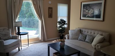 Photo for 4 BR, 3 Ba Cozy, Spacious, 20 min from Everything