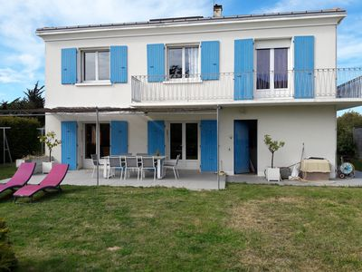 Photo for Pleasant family home 6-8 people very close to the seafront