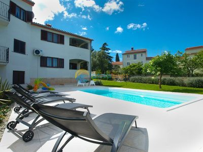 Photo for Apartment 1868/22922 (Istria - Stinjan), Pets welcome, 750m from the beach
