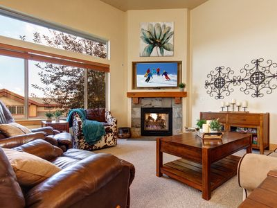 Photo for Remarkable 4BR/3.5BA Bear Hollow Townhome w/ Private Hot Tub & Mountain Views