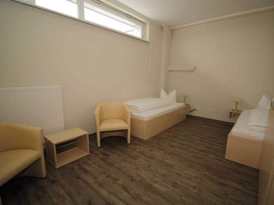 """Photo for Holiday room """"cabin"""" for 2 persons - holiday room """"cabins"""" - directly in the Sassnitz city harbor"""