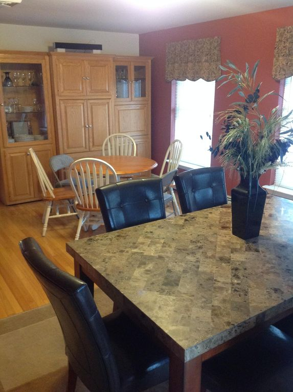 Marvelous The Kitchen Table Can Be Moved To The Dining Room To Seat Up To 14 Persons.